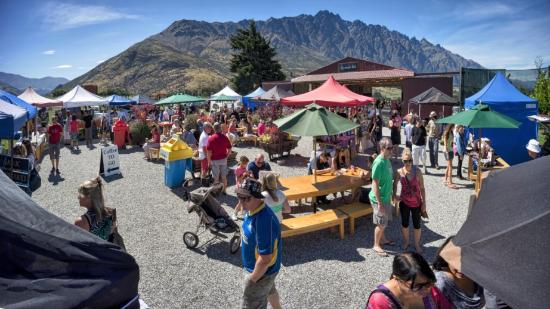 ‪Remarkables Market‬