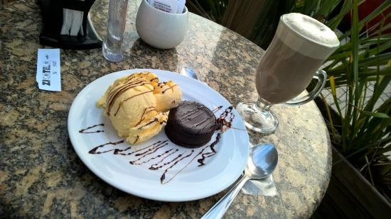Zicatela Cafe Bistro