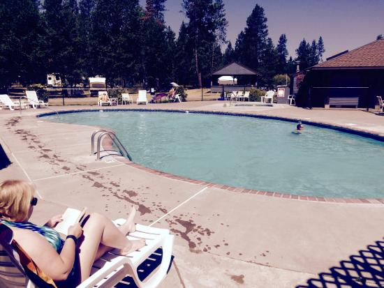 Bend-Sunriver RV Campground: Adult Pool and hot tub