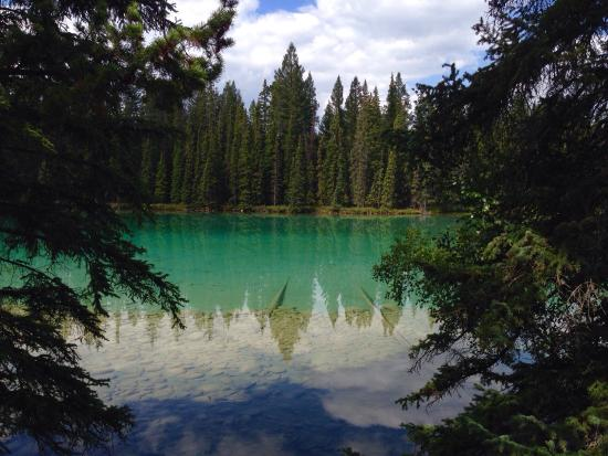 Jasper Park Lodge : Lake Beauvert is beautiful!