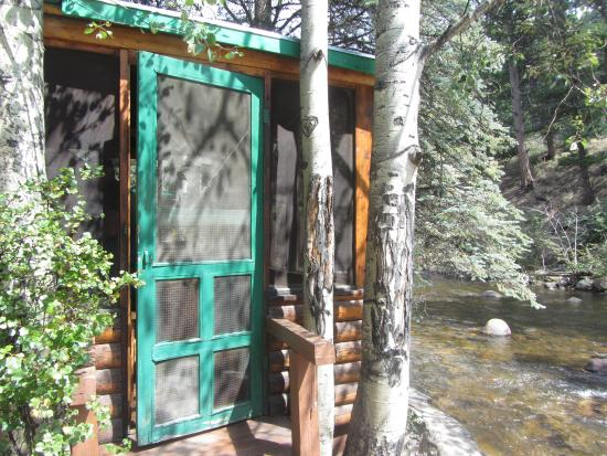 Idlewilde by the River: Rustic Cabin