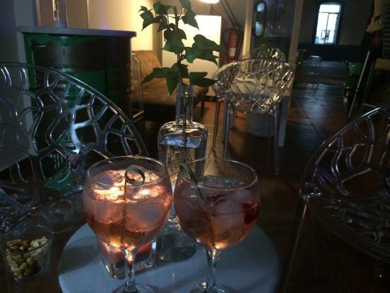 LP Gin Club