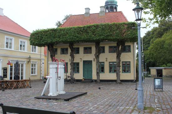 Town Square In Front Of Hotel Picture Of Paa Torvet Aeroskobing