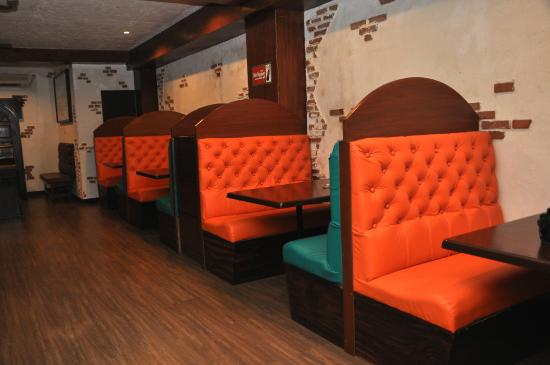 Frontier Tex Mex Cantina Comfy Booth Seating
