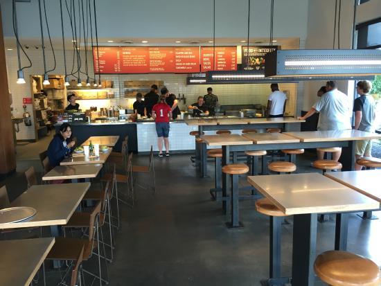 Chipotle Mexican Grill Monroe 175 Senate Dr Restaurant Reviews Phone Number Photos Tripadvisor