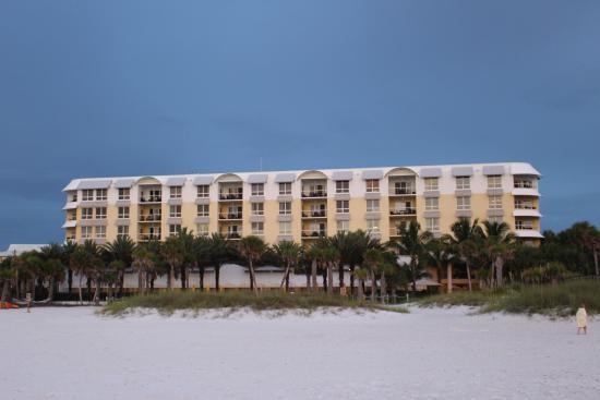 sunset on the beach picture of hyatt siesta key beach. Black Bedroom Furniture Sets. Home Design Ideas