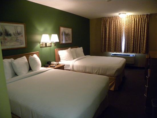 New Victorian Inn & Suites - Kearney : Double queen
