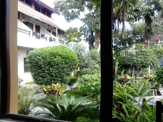 Hotel Puerto Ballesta: Jardines del Hotel