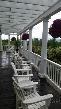 Mountain View Grand Resort & Spa: Porch