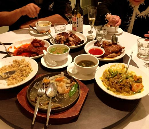 Chinesse Restaurants: A Fabulous Family Feast, Every Morsel Eaten.