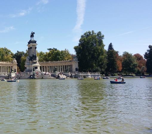 Parque del Retiro. Entrada Puerta de Alcalá.: fotografía de Parque del Retiro...
