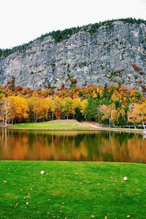Mount Kineo Golf Course: Hole #4 Fall