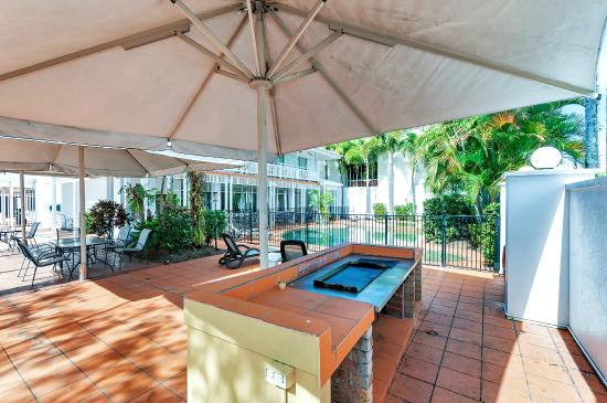 Ibis Styles Cairns: BBQ