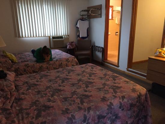 Finch Motel