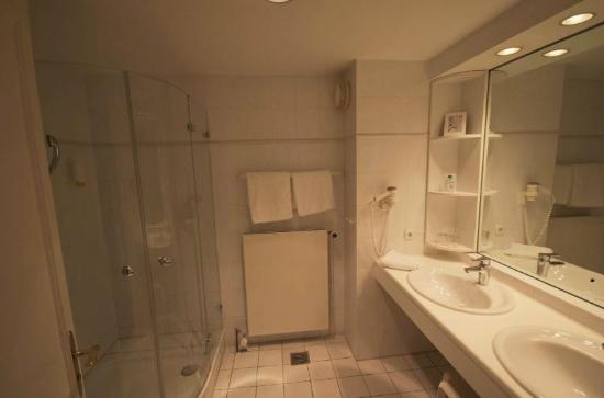 Hohe Wacht Hotel-Resort: Bathroom