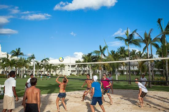 Sugar Beach Golf & Spa Resort: Volley Ball