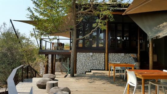 andBeyond Ngala Tented Camp: Essen/Bar/Lounge Bereich