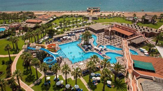 Club Mega Saray: Pool and beach view