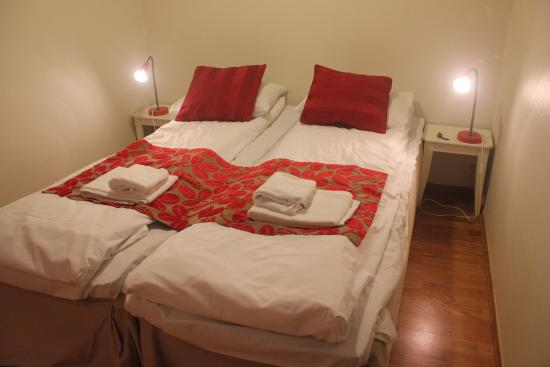 InCity Hotel and Apartments : Twin Beds