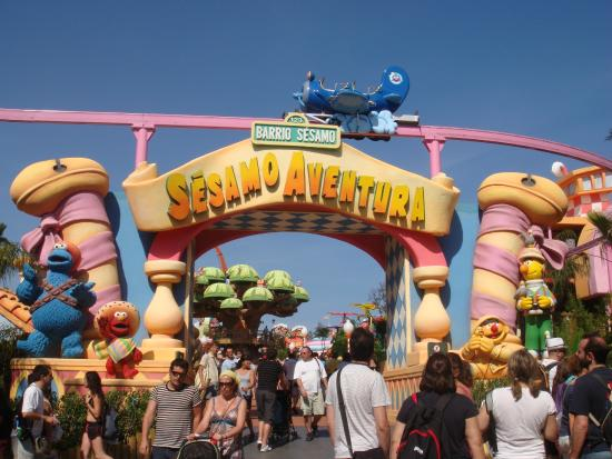 отличные декорации - Picture of PortAventura World, Salou - TripAdvisor