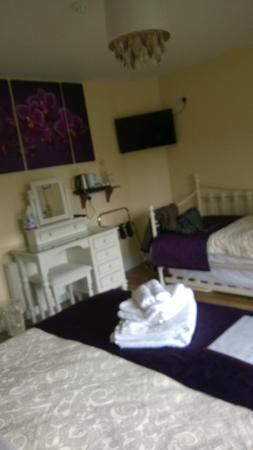 Burke's Mulbur House: bedroom