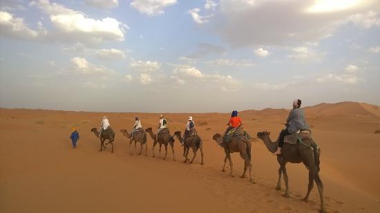 Auberge Les Roches: Ballade dans le désert2