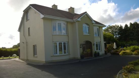 Burke's Mulbur House: the house
