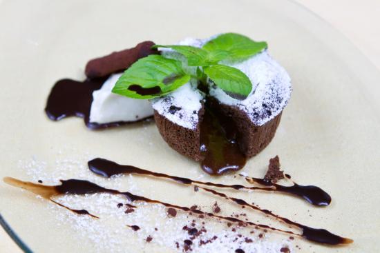 Ristorante Oca Bianca: Tortino al cioccolato