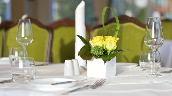 restaurant esstisch - bild von esstisch, neu-isenburg - tripadvisor, Esstisch ideennn