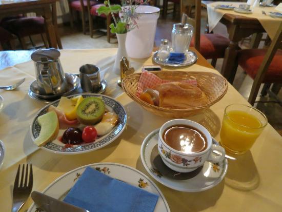 Glocke Hotel: 朝食