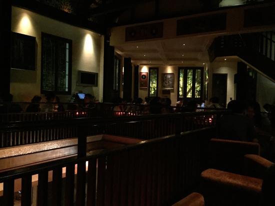 Huanglou Jazz Bar