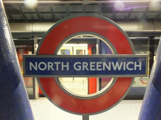 north greenwich foto di london underground londra. Black Bedroom Furniture Sets. Home Design Ideas
