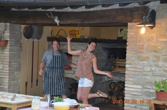 La Tavola Marche Agriturismo & Cooking School: Pizza night
