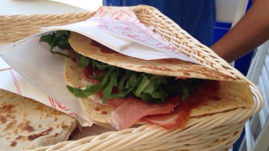 piadineria pizzeria il vicolo: photo0.jpg