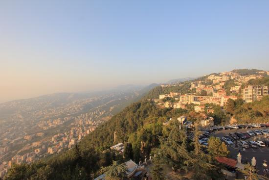 Jounieh, Libano: Sunset from Teleferique