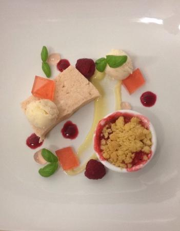 Badby, UK: Rhubarb Trio!!!