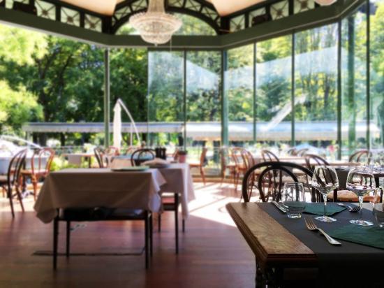 Cafe Restaurant du Parc des Bastions: La Retonde
