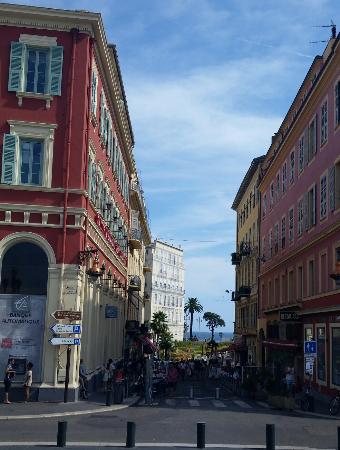 Place Massena: -