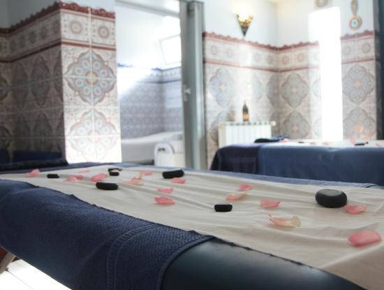 ambiance salle de massages picture of hammam les jasmins champigny sur marne tripadvisor. Black Bedroom Furniture Sets. Home Design Ideas