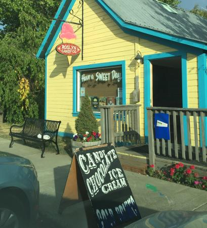 Roslyn, WA: Excellent chocolates, ice cream and hard candies