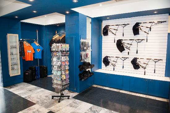 The Museum of Piping: Bagpipe and gift shop