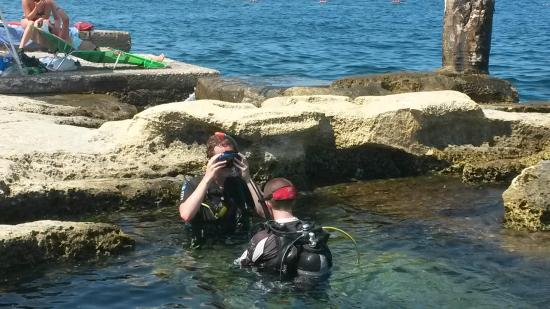 Corsair Diving Malta: Getting ready to practice some skills for the first time.