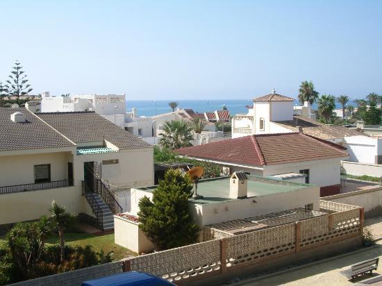 Roquetas de Mar, España: Vistas de Roquetas desde el apartamento de la Minería