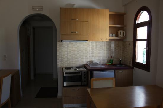 Limani Apartments: AngoloCottura