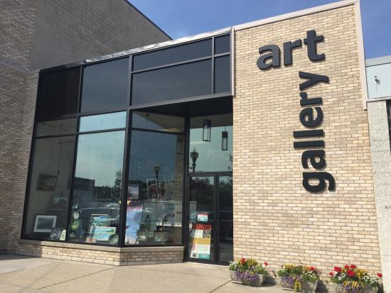 Elizabeth's Art Gallery: Excellent workshops take place at the gallery. Learn drawing, painting, printmaking, photography
