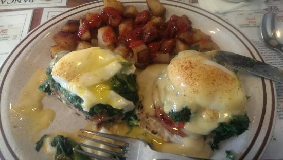 Dock Mike's Pancake House: Eggs Florentine