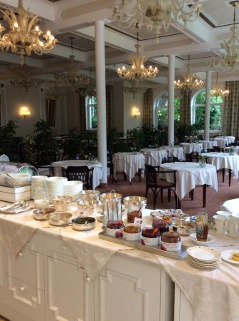 Hotel Bavaria: Breakfast buffet