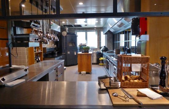 Bar Küche | Die Offene Kuche Des Hippo Picture Of Riva Restaurant Bar