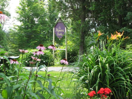Auberge les pignons verts prices b b reviews magog for Auberge jardin champetre magog