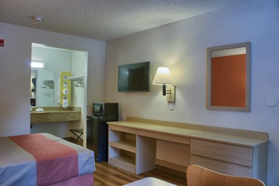 Motel 6 Seattle South: Guest Room